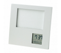 Photo Frame with Clock  Date  Temperature